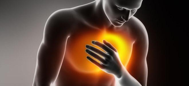 Herzinfarkt Symptome (Foto: Jana Blakova | iStockphoto | Thinkstock) viamedizin.de