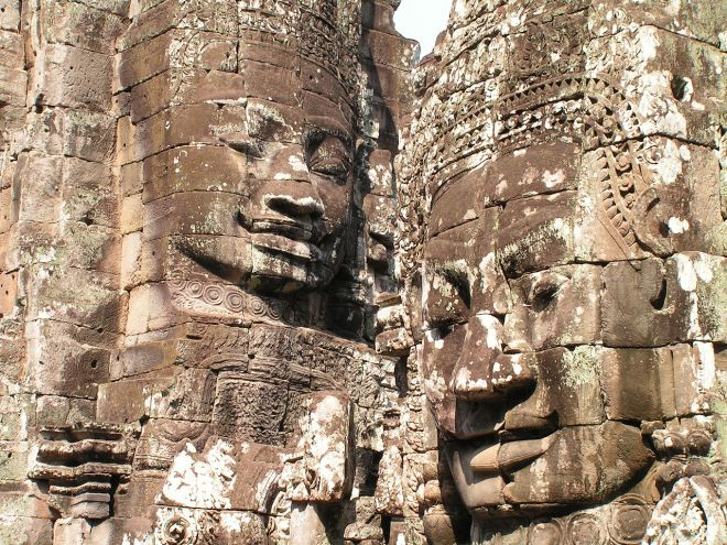 Visages monumentaux à Angkor - David Wilmot de Wimbledon, United Kingdom — Flickr - Wikipédia